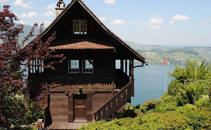 Swiss Cottage in Central Switzerland above lake Lucerne