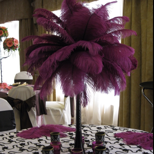 Feather Wedding Table Centerpiece Hate The Colors But Love