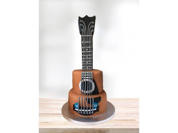 Photo of Guitar Birthday Cake