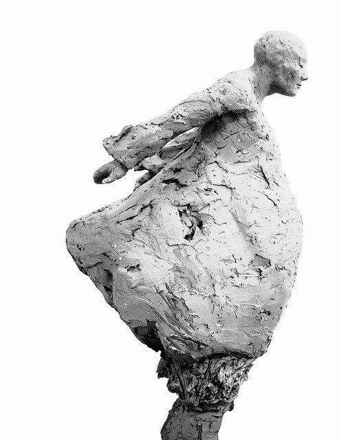 Werken van Monique De Ceulaer werden tentoongesteld in o.m.:  Museum of Decorative Arts, Praag, Czech Republic;  Textilmuseum Sankt Gallen, Zwitserland;  Odder Museum, Denemarken;  Théatre Municipale, Luxemburg;  Ambassade van Japan, Brussel;  International House, Osaka, Japan;  Vizo, Brussel;  Museum voor Deinze en de Leiestreek; Provinciaal Museum voor Religieuze Kunst, Sint-Truiden; Gouvernement Provincie, Maastricht;  Provinciemuseum Van Humbeek-Piron, Leuven;  Diamantmuseum, Antwerpen…