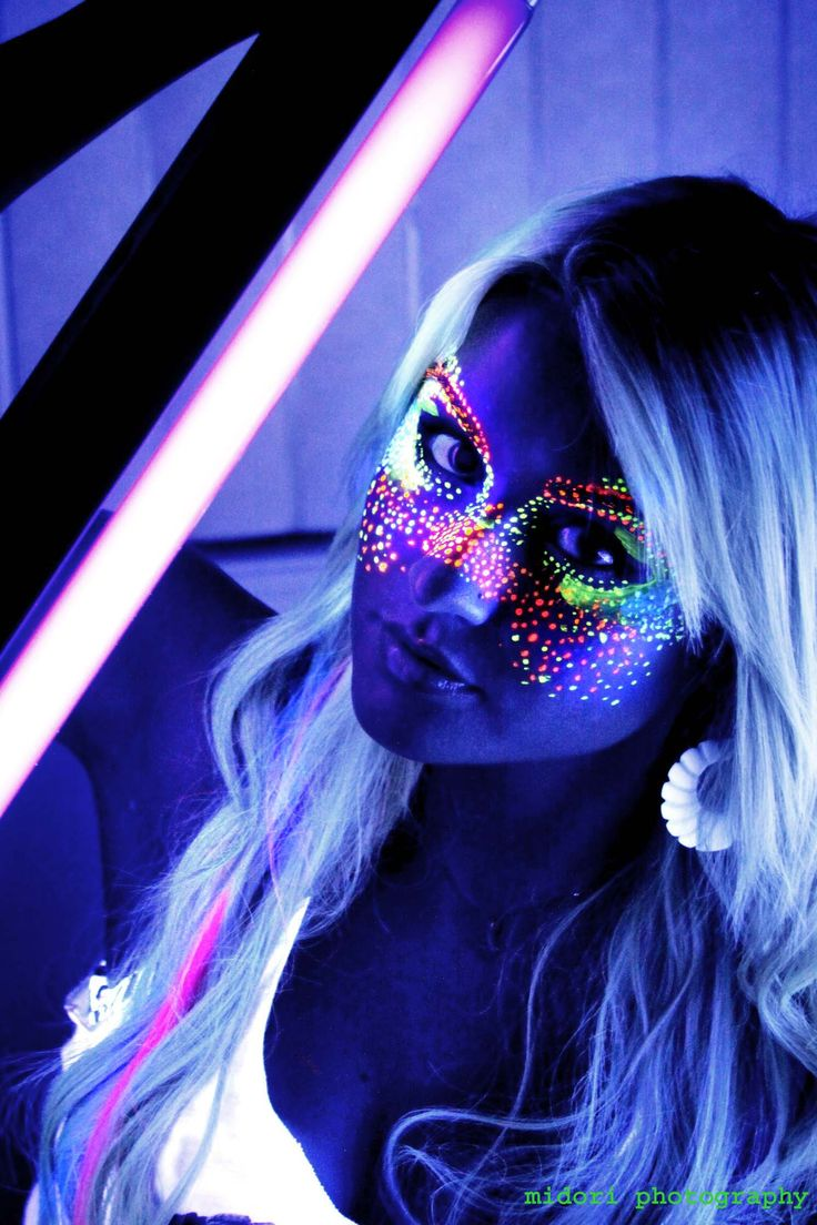 Best 25+ Neon Face Paint Ideas On Pinterest | Glow Face ...