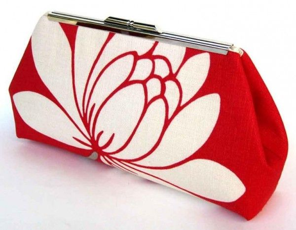 Modern Kiss Snap Frame Clutch Purse - Free PDF Sewing Pattern by UPSTYLE