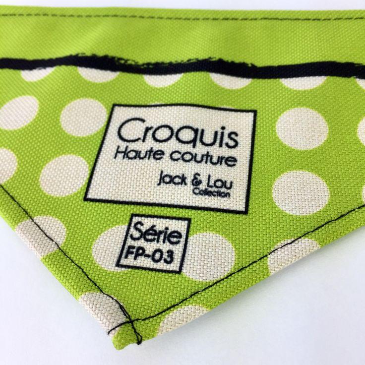 Le chouchou de ma boutique https://www.etsy.com/ca-fr/listing/513639805/foulard-pour-chiengrandeur-petitboutons