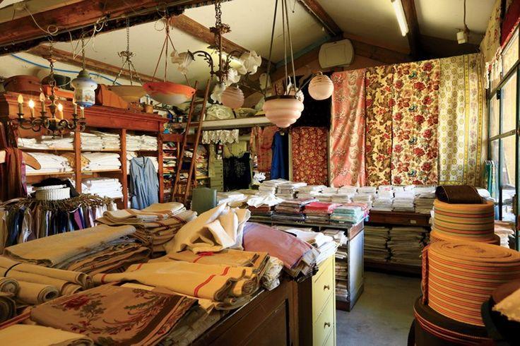 La Boutique de Francine, an antiques shop in the town of L'Isle-sur-la-Sorgue.20 avenue Julien Guigue, L'Isle-sur-la-Sorgue;