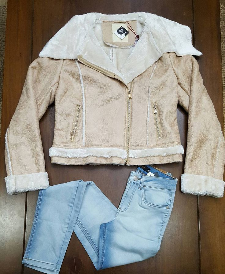 Novo modelo de calça jeans Anselmi  casaco Alpelo!  Por um inverno glamouroso... #jeans #amazing #streetstyle #cool #instagood #fashion #glamour #modafeminina #perfect #luxo #lindodeviver #confort #lookdodia #sul #winter16 #alpelo #anselmi #frio #outonoinverno by rubsfashion