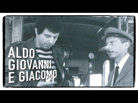 "Tre Uomini e Una Gamba - ""Peperonata"". - YouTube"