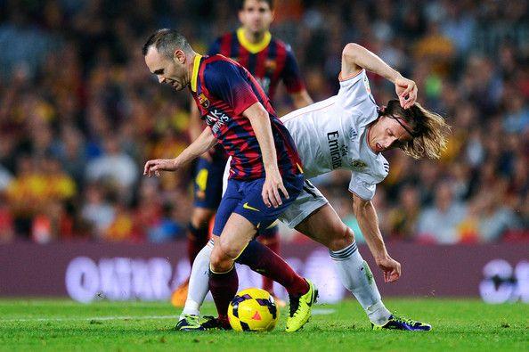 Analisis Perang Lini Tengah Real Madrid vs Barca di El Clasico