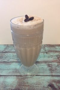 Dairy free blended iced coffee, so easy and delicious! From Livin Paleo http://livinpaleocuisine.com