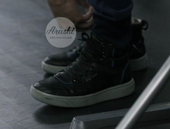 """#IDtheLook #櫻井翔's sneakers he's wearing in the #AYH Making are by Alexander McQueen X Puma and are no longer on sale."""