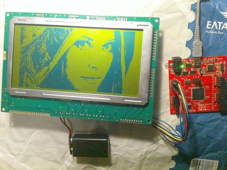 Low res monochrome Hitachi LCD driver