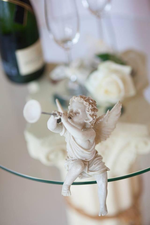Нежност и ангелска красота за Вашата сватба до Варна...