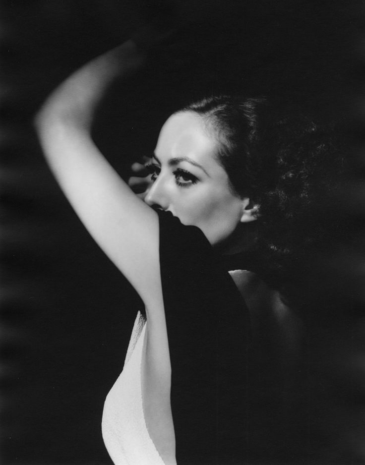 Joan_Crawford_1932 by George Hurrell