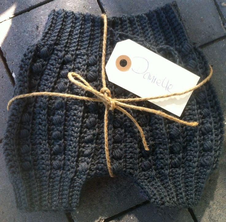 Crochet Baby Bloomers Bobbles English Pattern https://www.etsy.com/dk-en/shop/KarinaBrandstrup?ref=hdr_shop_menu
