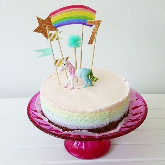 Rainbow Cheesecake / Regenboog Kwarktaart met Unicorn en regenboog