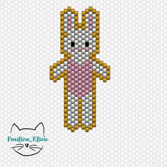Voilà le diagramme de la petite ballerine. J'ai commencé par la ligne du milieu, et par le haut entre les oreilles. Mes pompons viennent, comme presque tout mon matériel, de chez @loisirs_et_couleurs #jenfiledesperlesetjassume #miyuki #miyukibeads #perle #diagrammeperles #pattern #beadpattern #lapin #rabbit #ballerina #ballerine #brickstitch #motifpauline_eline