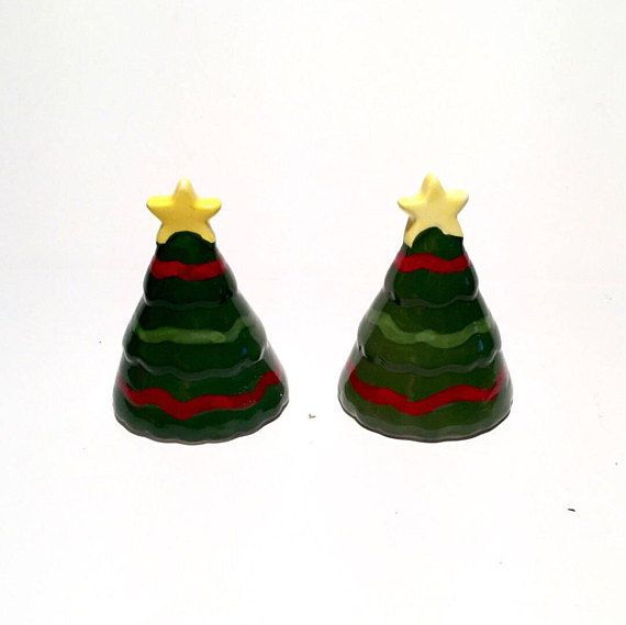 Christmas Tree Salt and Pepper Shakers Yellow Star Toppers #SaltandPepperShakers #ChristmasTree #SaltandPepper #ChristmasDecor #Vintage