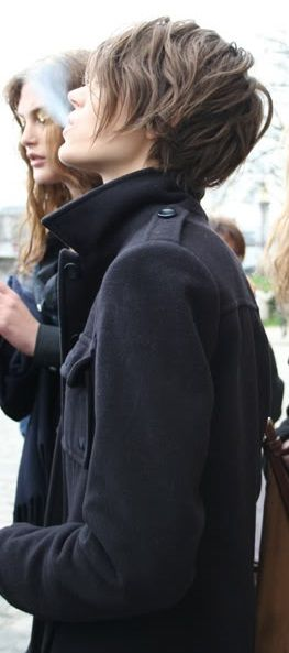Freja Beha Erichsen. Now that's how I would like my hair to be....just doesn't always work like that.  Shame about the smoke tho.