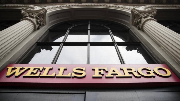 Federal prosecutors in San Francisco are investigating foreign-exchange trading at Wells Fargo following the departure of four bankers in the unit this month.