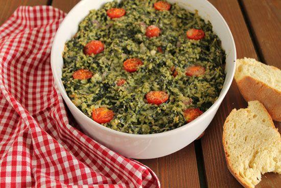 Σπανακόρυζo με μοτσαρέλα και ντοματίνια στο φούρνο