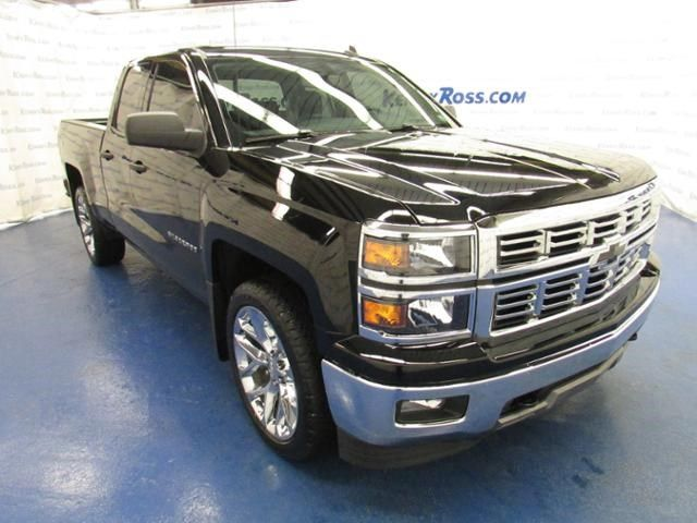 2014 chevy silverado z71 lt 3 22 wheels black bowties everything bad ass pinterest cars. Black Bedroom Furniture Sets. Home Design Ideas