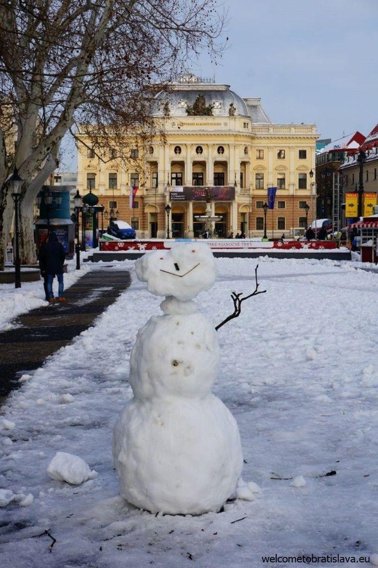 WINTER IN BRATISLAVA - WelcomeToBratislava | Hviezdoslav's square