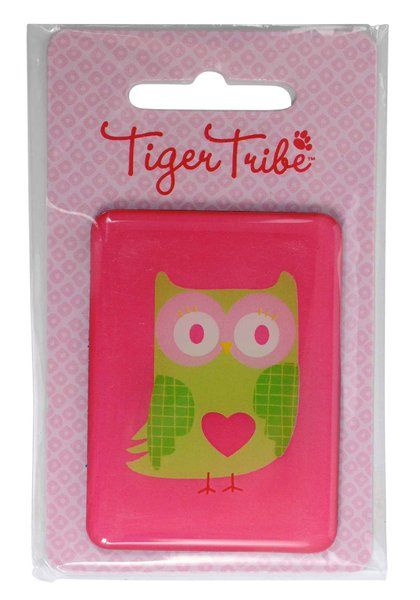 Jumbo Owl Magnet by Tiger Tribe!  This giant epoxy magnet is perfect for holding artwork, invitations, party prizes, gift bag prizes and little gift add ons!  #stockingfillers #owl #magnet #partyfavours #kidsgifts #childrensgifts #tigertribe #littlebooteek