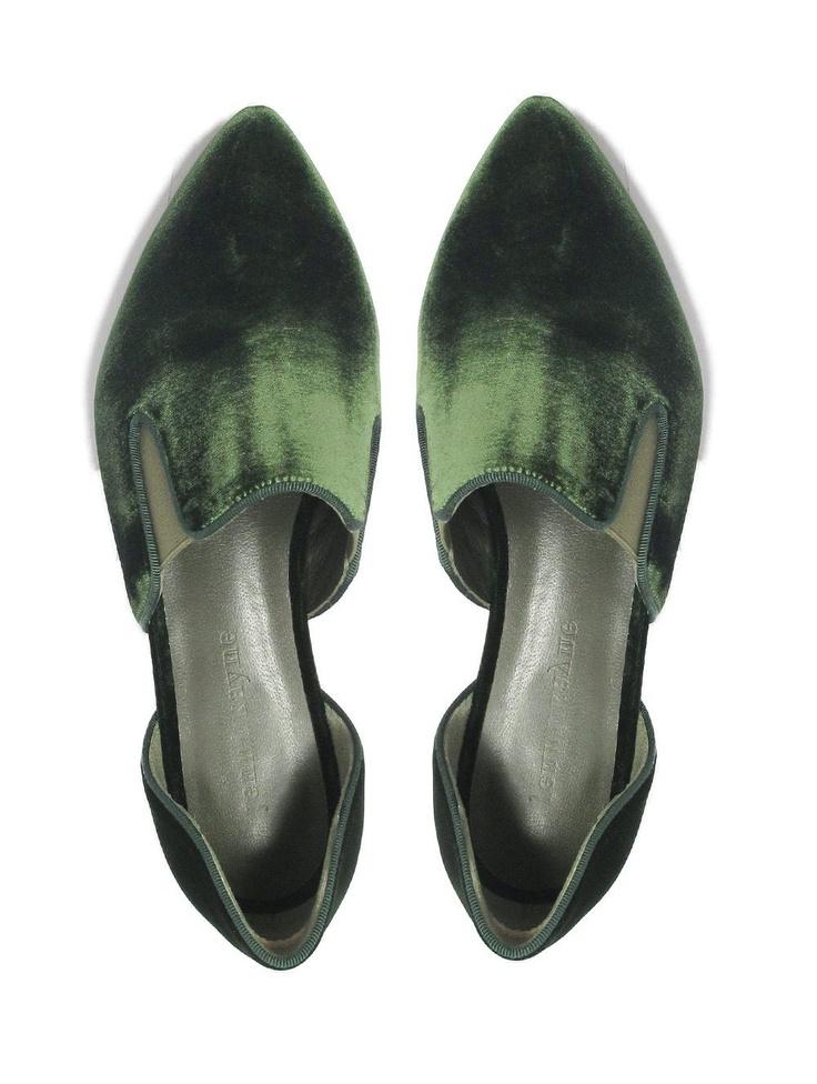 @Jenni Kayne Velvet Smoking Slippers. http://www.thecoveteur.com/velvet-evening-slipper-11128