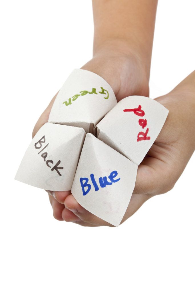 Paper Fortune Tellers - oh wow, this made me smile - talk about bring back memories :)