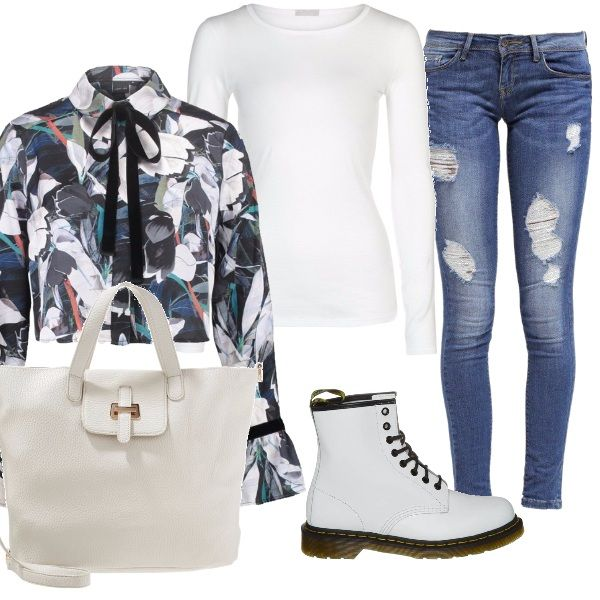 Eleganza semplice per l'outfit composto da un paio di jeans strappati, abbinati ad una maglia a maniche lunghe aderente da indossare sotto una giacca con motivo fantasia, chiusa al collo da un nastro nero. Gli stivaletti bianchi con i lacci e la shopping bag color crema completano il tutto.
