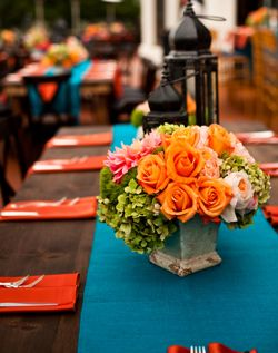Cute, Short Centerpiece (using coral rather than orange)