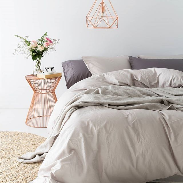 Blooms + Bed = in love Yo Home Bamboo Bedding is eco friendly and super soft!