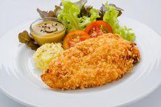Ninguém resiste a um frango empanado fit, não é? E ele fica muito melhor quando é saudável e assado! Venha aprender essa gostosura - NatueLife