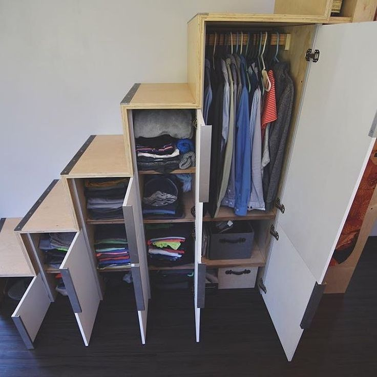 Best 25 tiny house closet ideas on pinterest tiny house with loft tiny house design and tiny - Clothes storage for small spaces model ...
