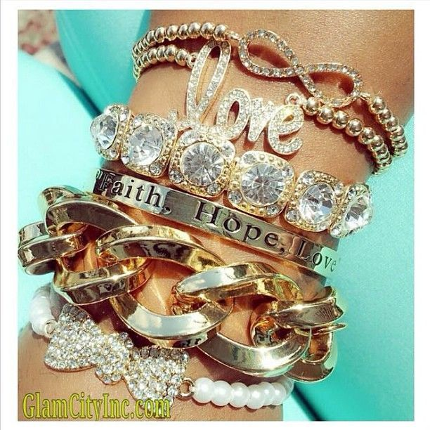 I LOVE me some ARM CANDY!!!