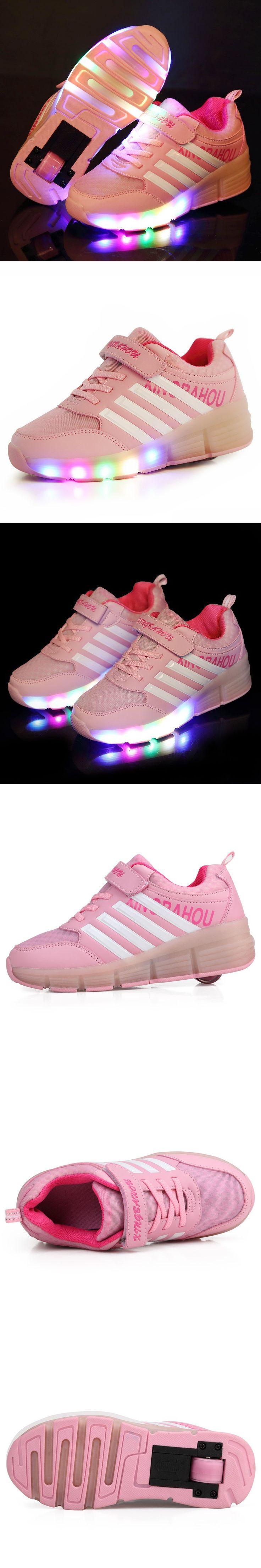 Roller shoes london - 2016 Popular Led Lights Heelys Children Shoes With Led Light Up Wheels Kids Roller Skates Shoes