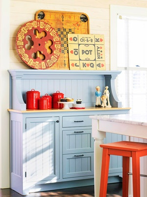 Add dashes of color: Decor Ideas, Beads Boards, 10 Country, Games Boards, Vintage Games, Country Kitchens Decor, Modern Kitchens, Vintage Boards Games, Cabinets Doors