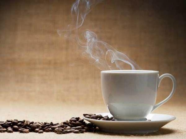 A #kávé rendszeres fogyasztása túlizgatja a szívizmot, és végül a #szívizom kimerüléséhez, ezzel pedig #szívbetegségekhez vezethet