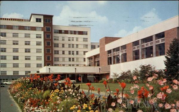 The Concord Hotel Kiamesha Lake New York-Senior Trip! 1973