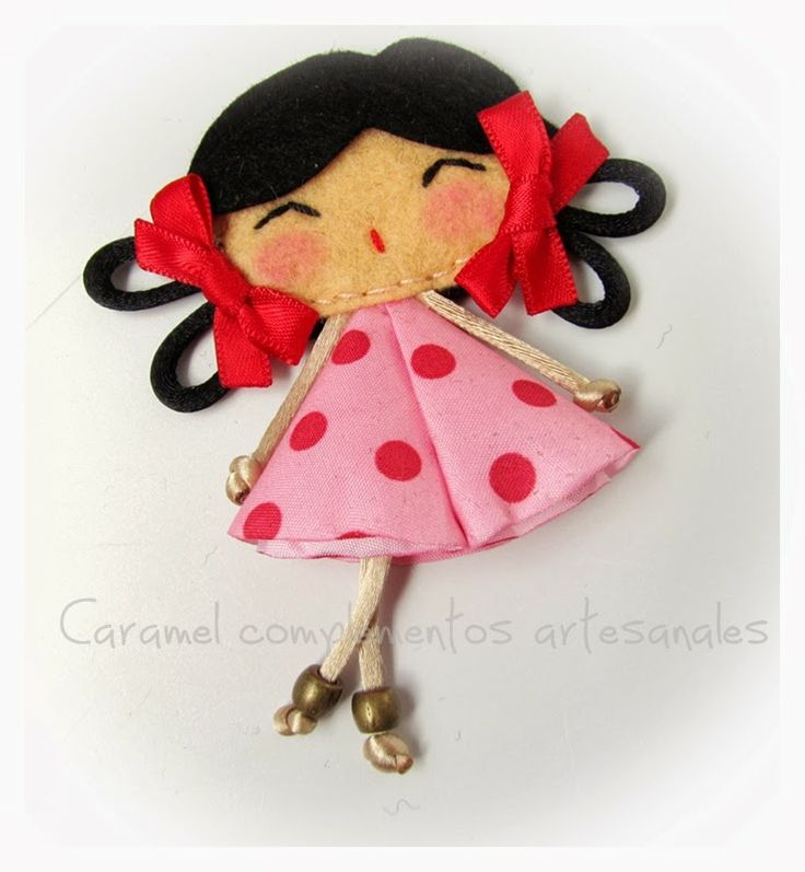 "COLETEROS INFANTILES CARAMEL: BROCHES FIELTRO COLECCION ""MY DOLL"""