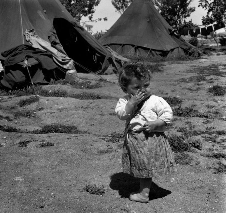 David Seymour  Ioannina. Refugees from the civil war areas.