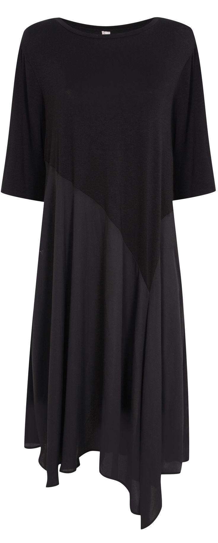 Asymmetric hemline dress for plus sizes. Read fashion tips: http://www.boomerinas.com/2015/10/04/petite-plus-size-brands-womens-fashion-tips-for-cruisewear-casual-wear-eveningwear/