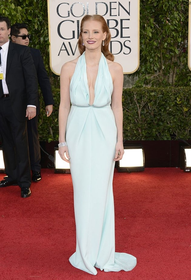 Jessica Chastain, oh sweetie how sad:( you look like a marshmallow.