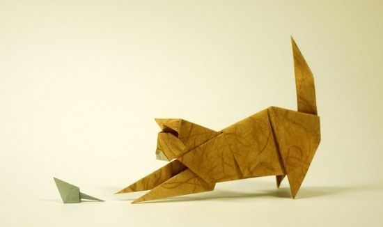 Origami cat and mouse  www.CraftierCrafters.com