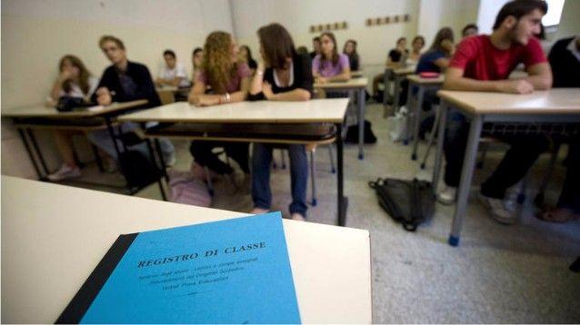 Scuola: l'insegnante assente per pochi giorni? Nessun supplente