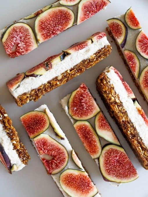 I keep coming across these fig bars on Pinterest and I can't seem to get over how beautiful they look