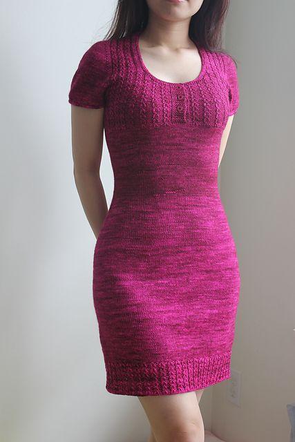 Knitted Bliss | Modification Monday: Alice in Wonderland Dress | http://knittedbliss.com