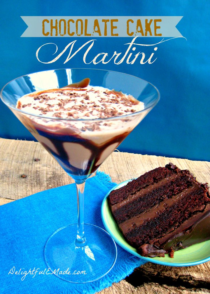Chocolate Cake Martini | www.DelightfulEMade.com | #martini #chocolate #cocktail