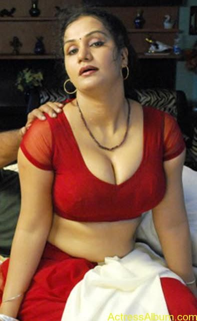 From this South indian actress hot blouse all