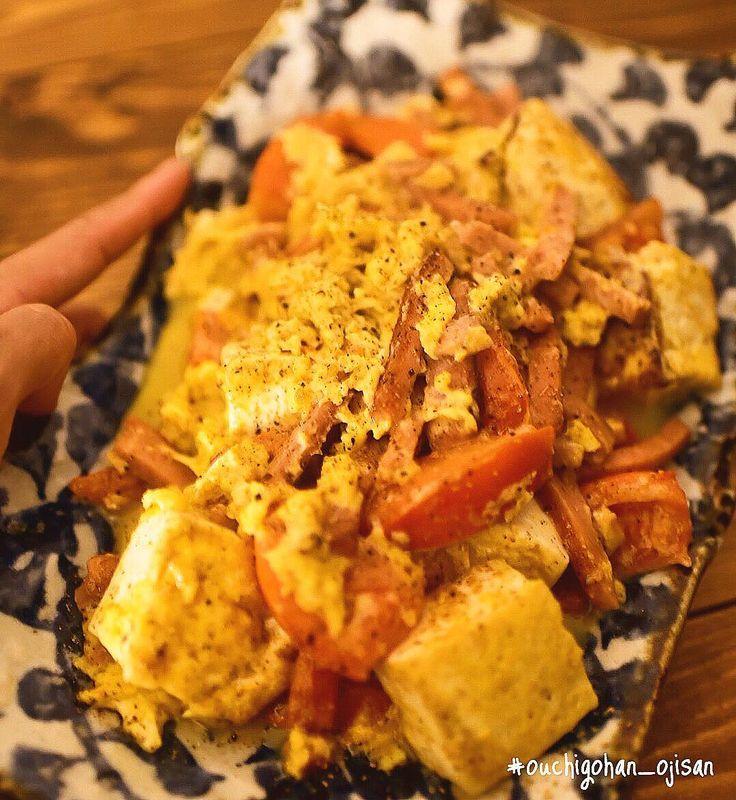 . •とまとちゃんぷる〜���� 沖縄シリーズ最後です٩꒰๑ ´∇`๑꒱۶ z この前、大好きなスパムをたくさん使って 夏に美味しいとまとちゃんぷるーを作りました�� たまごもいい感じにできました��! #とまとちゃんぷるー #ちゃんぷるー #沖縄料理 #沖縄 #スパム #チューリップ #トマト #卵料理  #handsinframe #foodinhands . . 美味しいで日本を元気に꒰⍨꒱.+* . . #日本が元気になるご飯#おうちごはん男子部#おうちごはんおじさん#ouchigohan_ojisan#料理男子#おうちごはん#オトコノキッチン#TABLESクリエイター#クッキングラム#クッキングラムアンバサダー#デリスタグラマー#ロカリ #ouchigohan#cookingram#delistagrammer#lin_stagrammer#IGersJP#instagramjapan#locari#kurashiru http://w3food.com/ipost/1520322496115552339/?code=BUZRUFVALBT
