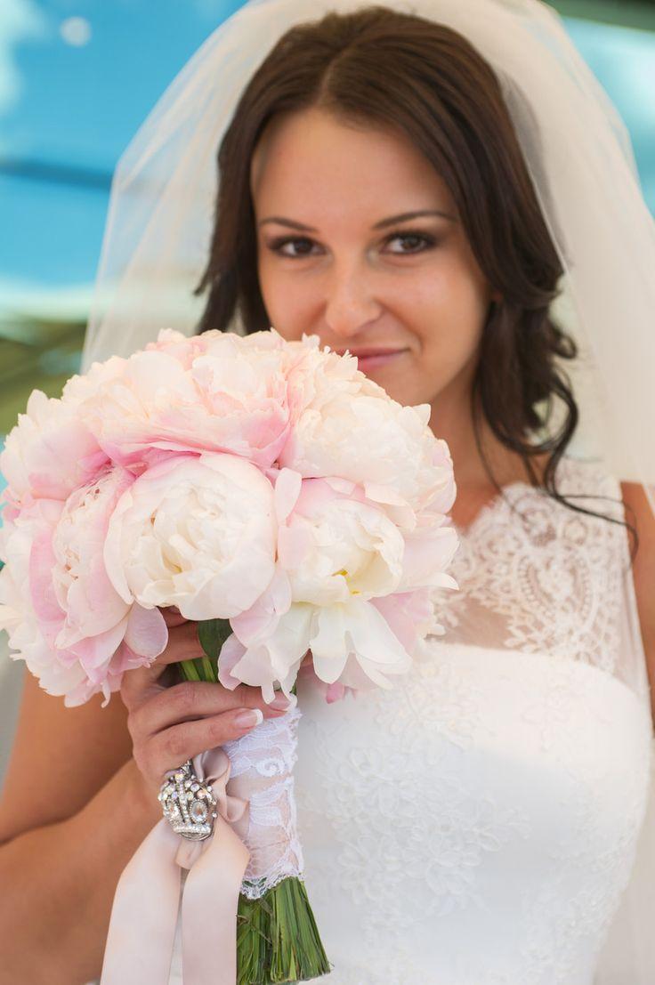 букет невесты, пионы